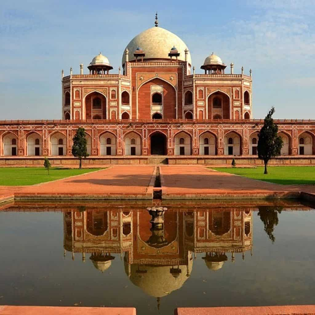 humayun-s-tomb-delhi-places-to-see-in-delhi