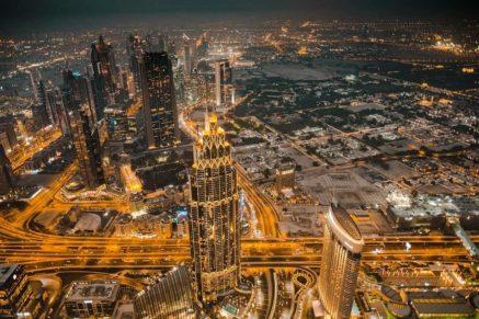 burj-khalifa-must-see-places-in-Dubai