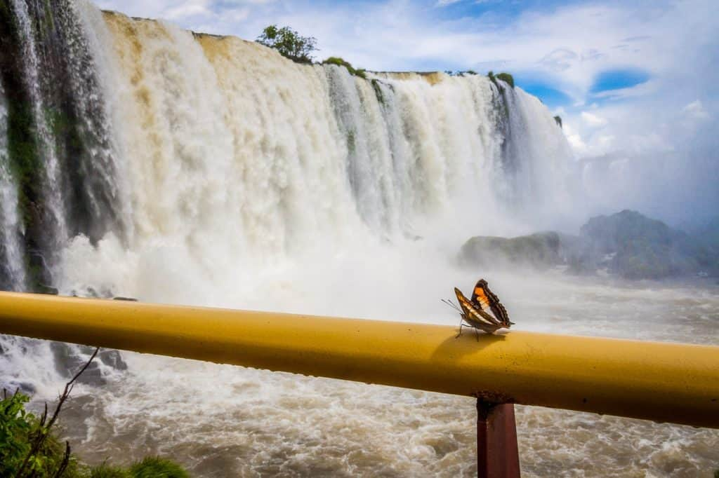 Iguazu Falls Argentina bookonboard guide
