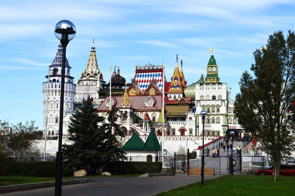 Moscow bookonboard things to do in moscow