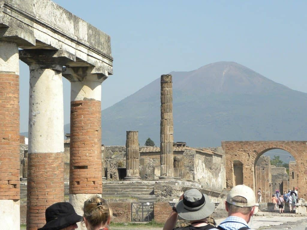 Pompeii Italy bookonboard italy guide europe